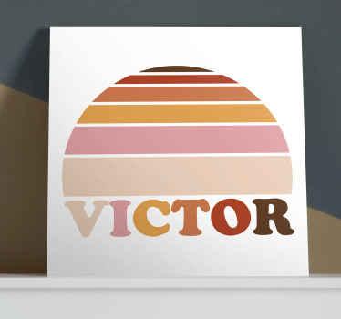 Personalice el nombre de su elección en nuestro cuadro vintage de sol de los 70 colorido. Elige las medidas ¡Envío exprés!