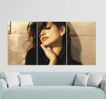 This Penélope Cruz canvas is easily hung on a wall but you can also place it on a drawer or a shelf. Order now! Home delivery!