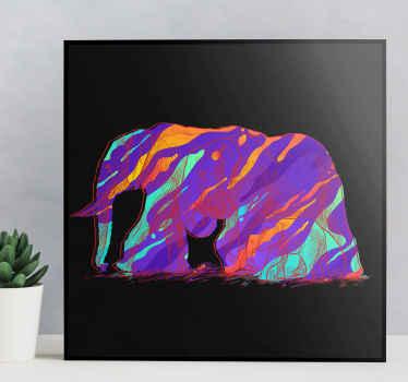 Una tela da parete animale di arte astratta illustrata in silhouette multicolore su sfondo nero. è resistente e facile da appendere.