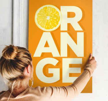 """Un cuadro de frutas con la palabra orange y la """"O"""" representada con una naranja. Ideal para decorar tu hogar o negocio ¡Envío exprés!"""