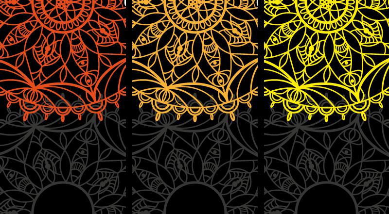 TenStickers. Piros, narancssárga és sárga mandala nyomtatott fal művészet. Mandala vászonkép, amely három különálló vászonra nyomtatva, mindezt lenyűgöző mandalavázlat borítja. Rendkívül tartós anyag.