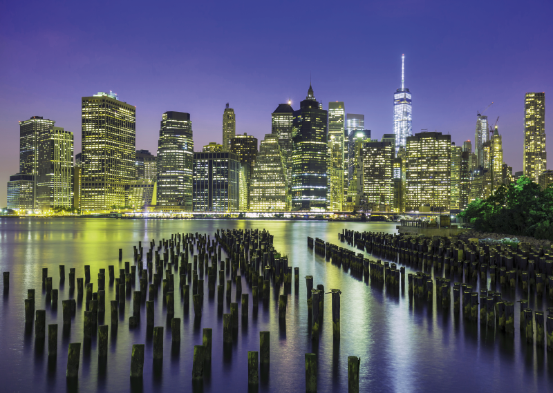 TenStickers. Manhattan city skyline  City skyline prints. Manhattan city skyline  city canvas prints to beautify your home with a modern and luxury look. Two canvasses with 3D view of Manhattan city at night.