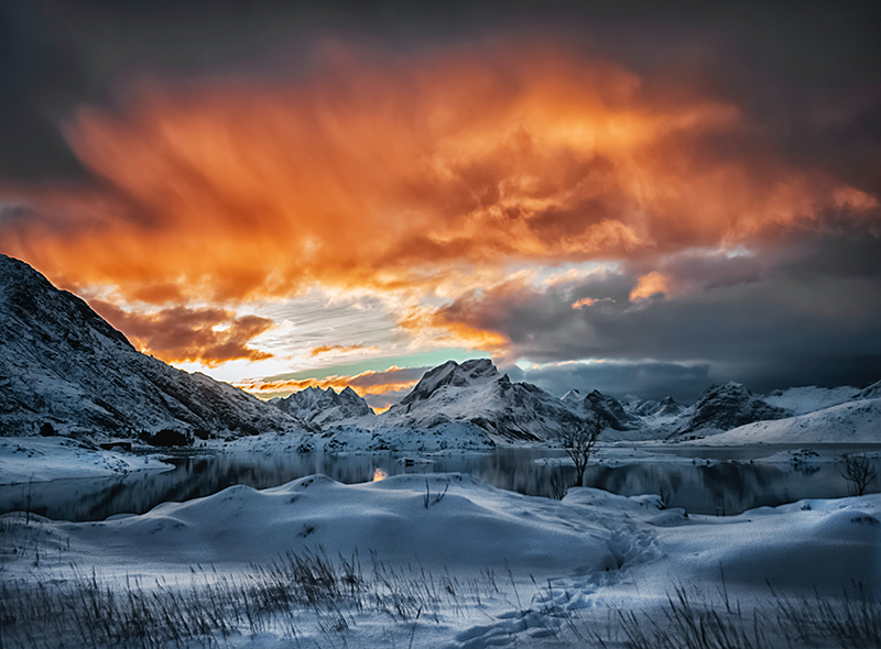 TenStickers. Mountains snow sun landscape wall art. An amazing mountain landscape canvas art with snow blanket on the mountains. Above the mountain is cloud with sunset. It is original and durable.
