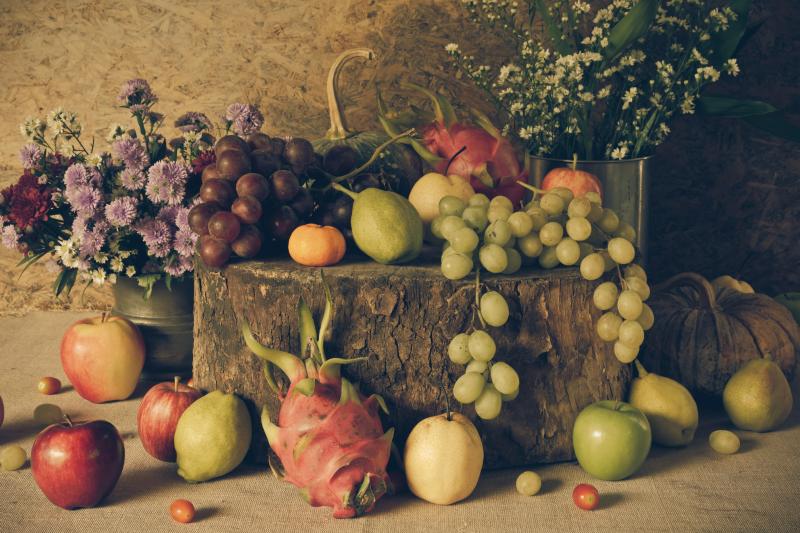 TenStickers. разные фрукты кухня холст искусство. Купите наш удивительный холст с фруктами для своей кухни, он содержит высококачественные изображения различных иллюстраций фруктов. он оригинальный и прочный.