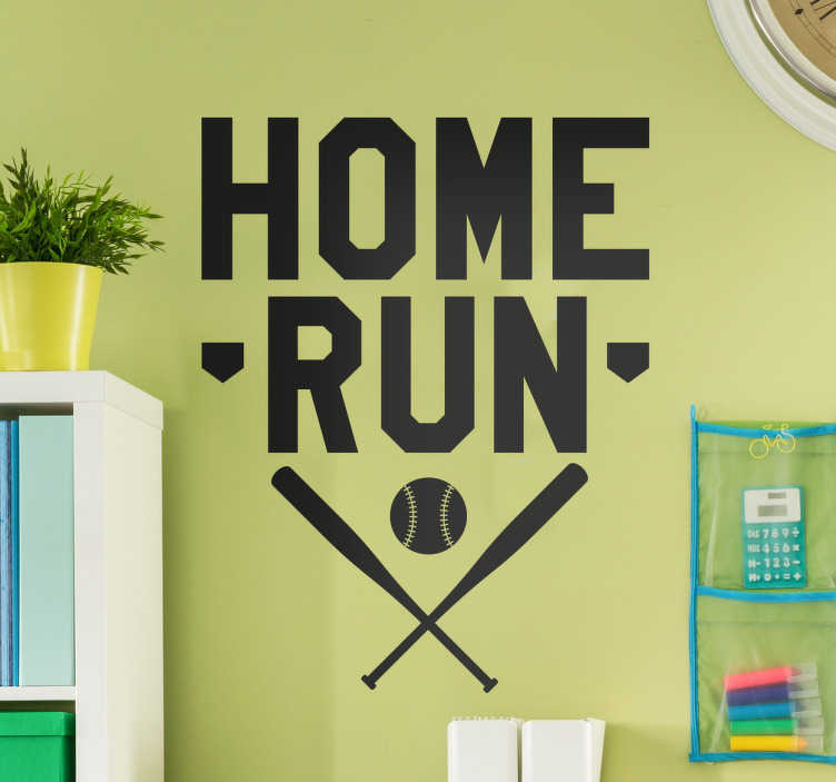 TenStickers. Wandsticker Baseball Homerun. Wandsticker Baseball Homerun – Sie finden Baseball großartig & spielen sogar selbst? Dann ist dieses coole Wandtattoo eine tolle Deko für Ihr zu Hause