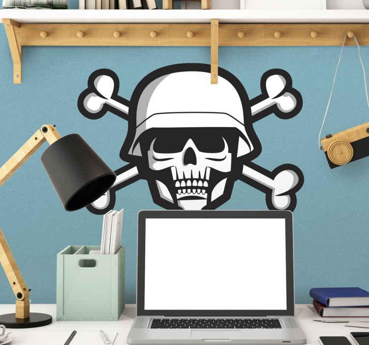 TenStickers. Wandtattoo Totenkopf Militär. Dieses Wandtattoo zeigt einen Totenkopf mit gekreuzten Knochen. Es ist an einen Soldaten angelehnt, der Totenkopf trägt einen Helm.