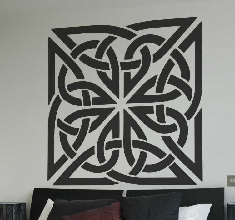 TenVinilo. Vinilo decorativo símbolos celtas cuadrado. Vinilos murales con forma cuadrada basados en estilo céltico, una forma económica de darle un aire de elegancia a cualquier estancia de tu hogar.