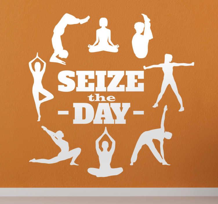 """TenVinilo. Vinilo decorativo yoga vive el momento. Vinilos superación personal con la frase """"Seize the day"""" o en castellano """"Aprovecha el día"""" junto a figuras realizando posturas de Yoga."""