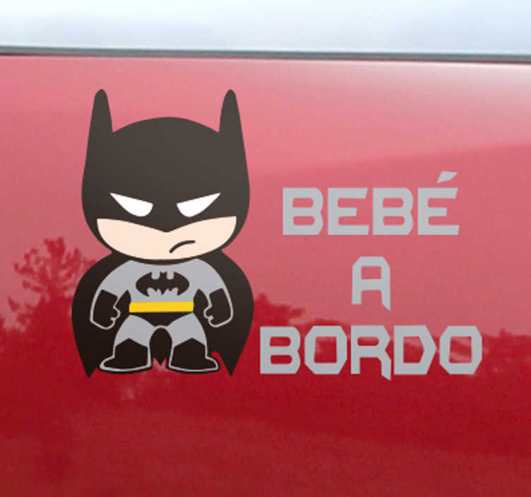 TenVinilo. Pegatina bebé a bordo batman. Vinilo Batman para decorar la parte trasera de tu coche con una simpática ilustración del murciélago más famoso de todos los tiempos.