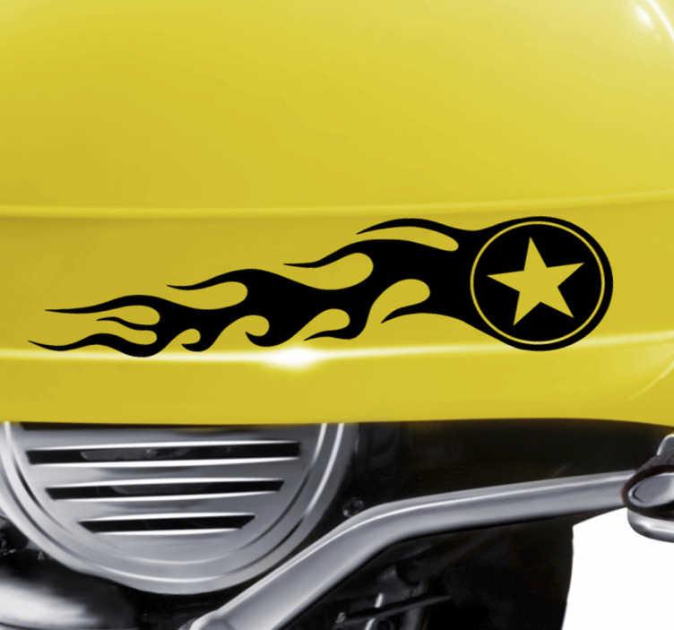 TenStickers. Naklejka na motor gwiazda i ogień. Dekoracyjna naklejka winylowa idealna na motor, przedstawiająca gwiazdę ze smugami ognia, która świetnie wpasuje się na Twój motocykl po ubu stronach.