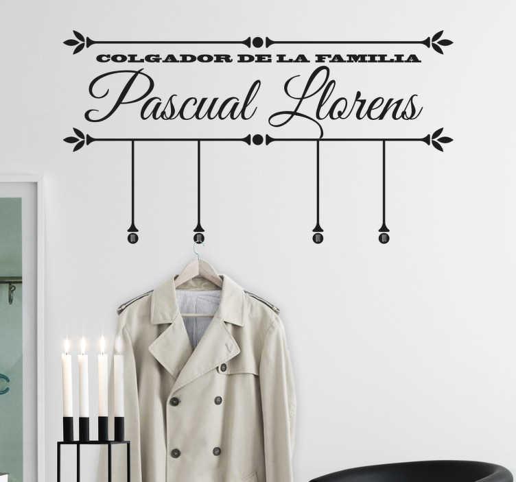 TenStickers. Vinil decorativo cabides Família. Vinil decorativo cabides Família. ótimo para decoração da sua sala de um modo original e diferente e a um preço muito económico.