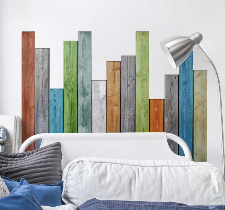 TenStickers. Houtsticker gekleurde planken. Met dit gekleurde design creëert u gemakkelijk een leuke sfeer. De hout sticker bestaat uit planken van verschillende lengtes met verschillende kleuren.