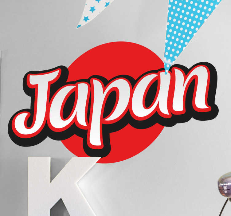 TenStickers. Adesivo bandiera Giappone lettere. Adesivo decorativo di ispirazione asiatica nel quale appare il nome in inglese del paese nipponico con i colori basici del suo simbolo della patria
