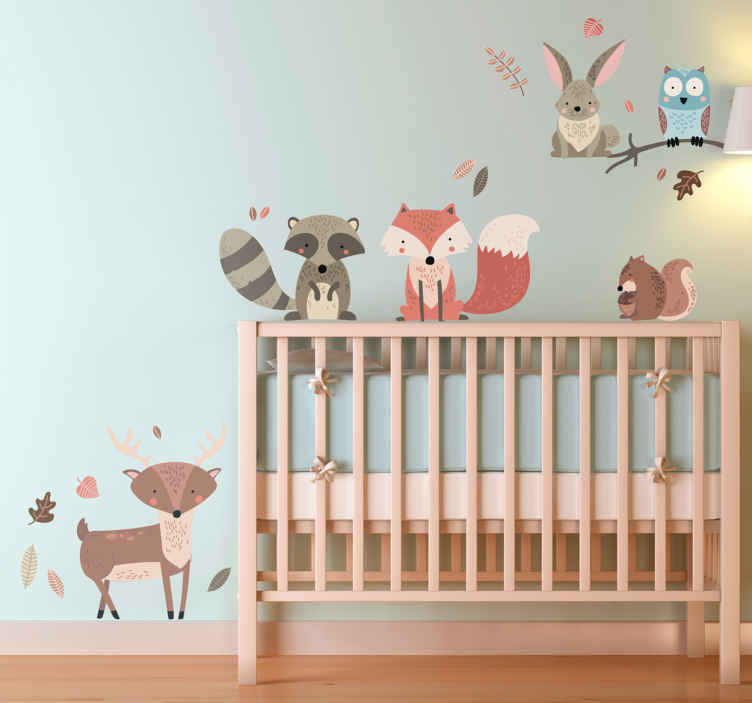 TenVinilo. Sticker infantil animales de otoño. Lámina de pegatinas con una representación de distintos animales del bosque, ideales para personalizar el cuarto de tus hijos.