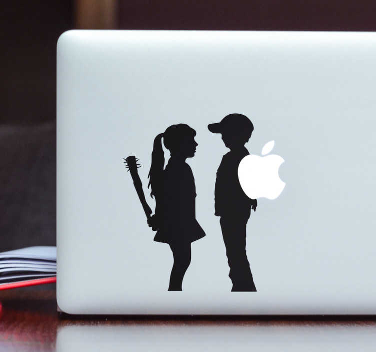TenStickers. Naklejka na laptopa - Banksy dziewczyna i chłopak. Naklejka na laptopa inspirowana twórczością Banksy. Wzór przedstawia dziewczynkę i chłopca, który trzyma logo Apple zamiast kwiatów.