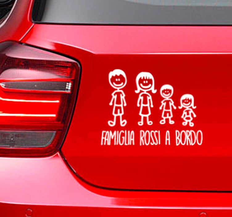 TenStickers. Adesivo personalizzato famiglia a bordo. Dicci il cognome che vuoi mettere in questo adesivo per auto nel campo corrispondente della scheda dello sticker.