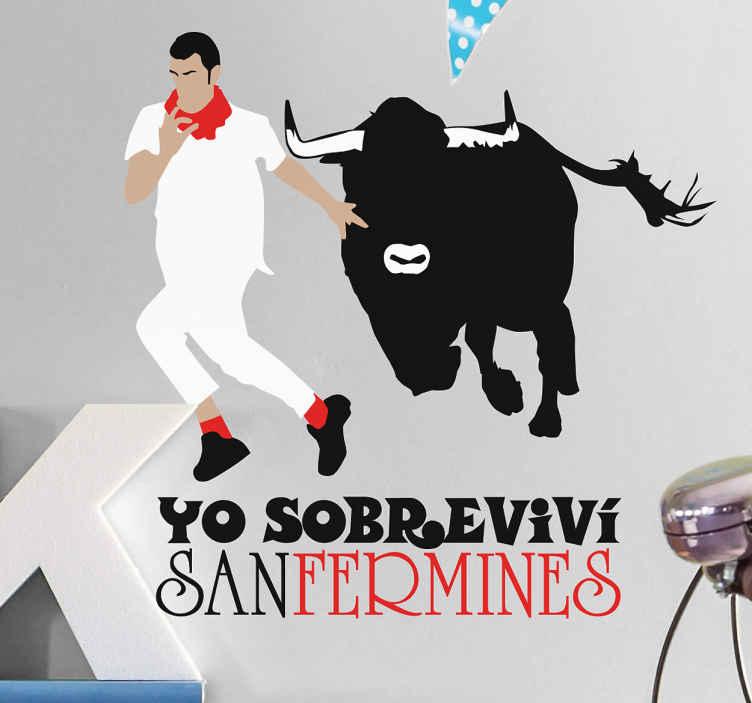 TenVinilo. Vinilo personalizable San Fermín. Vinilo pared original en el que aparece el típico corredor de estas fiestas patronales tan populares y un toro bravo de los encierros pamplonicas.