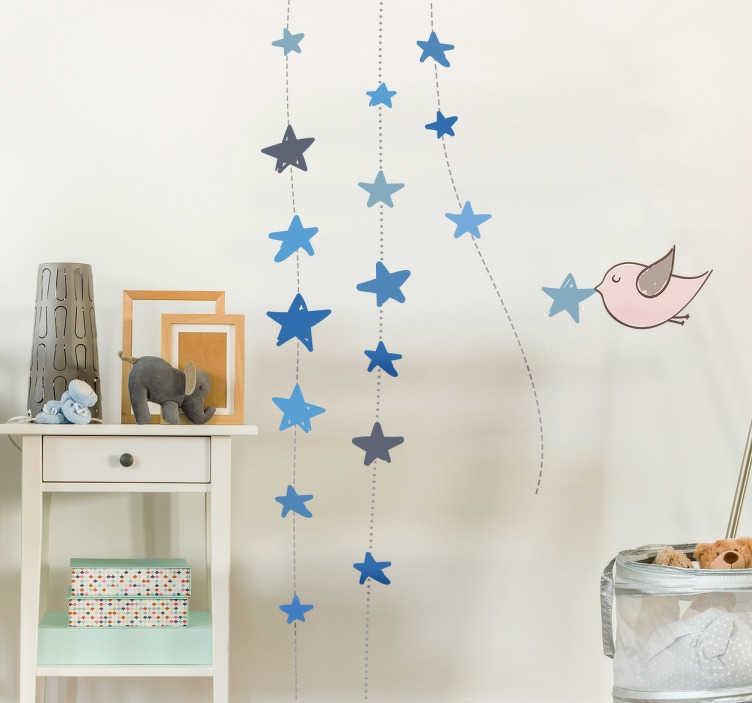 TenStickers. Muursticker hangende sterren. Deze muursticker heeft een decoratie ontwerp van blauwe sterren, waarmee u een prachtig sterrenhemel op een muur of plafond in uw huis lucht.