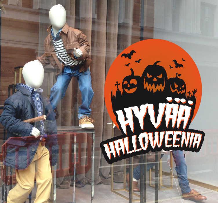 Tenstickers. Hyvää Halloweenia Koristetarra. Haluatko toivottaa ihmiselle hyvää halloweenia? Tämä tarra on oiva siihen. Tarrassa on hauskoja kurpitsoja ja siinä lukee hyvää halloweenia.