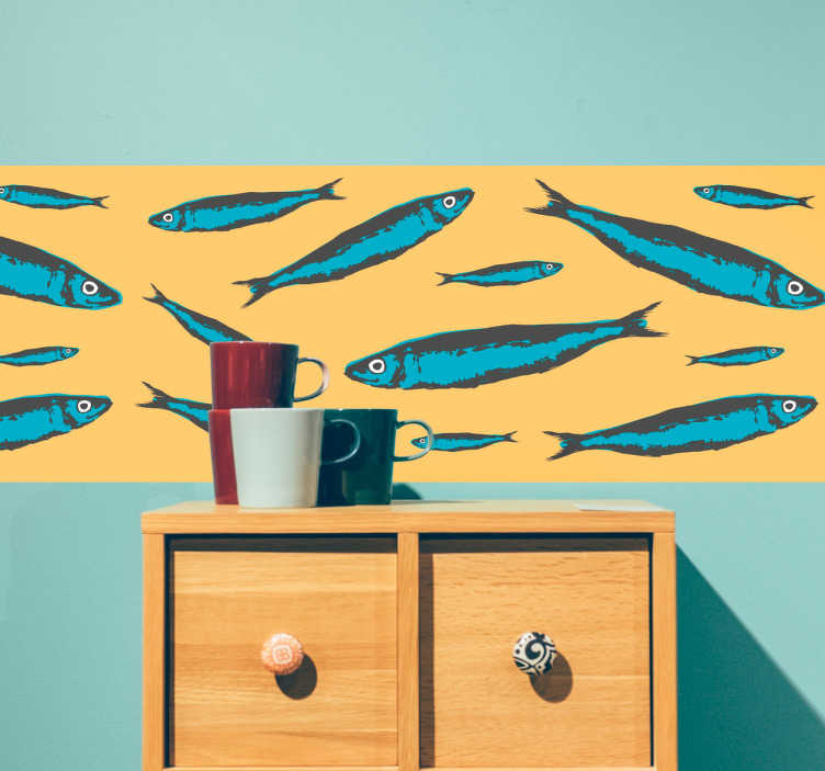 TenVinilo. Vinilo decorativo cenefa sardinas. Original diseño de cenefa decorativa formada por una serie de sardinas de tamaños variados sobre un fondo amarillo.