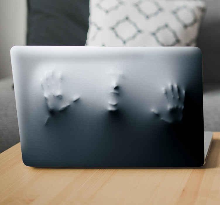 TenStickers. Laptop Sticker Gruselige Figur. Verschönern Sie Ihren Laptop mal auf eine etwas ungewöhnliche Art mit diesem Laptop Sticker mit einer kleinen Horror Überraschung.