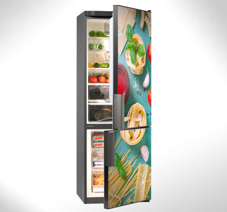 TenStickers. Koelkast sticker foto van eten. Een verrukkelijke koelkaststicker waarmee al bij aankomst in de keuken het water in de mond loopt. Keuken accessoires met stijl.