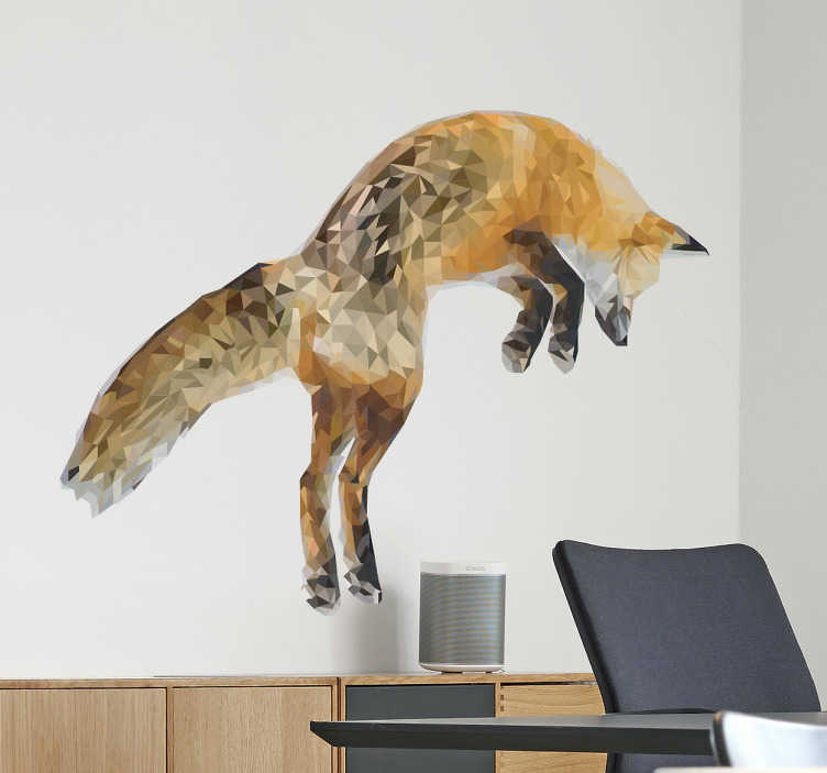 TENSTICKERS. 幾何学キツネ野生動物ステッカー. イラストレーターmaiがテンステッカー専用に作った、ジャンプするキツネの絵が描かれた壮大な野生動物のウォールステッカー。