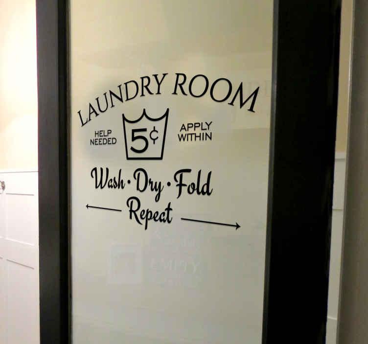 """TenStickers. Wandtattoo für den Haushaltsraum. Interessantes Wandtattoo für den Haushalts- oder Waschraum mit der Aufschrift """"Laundryroom"""". Schöne Dekorationsidee für Ihr Zuhause."""