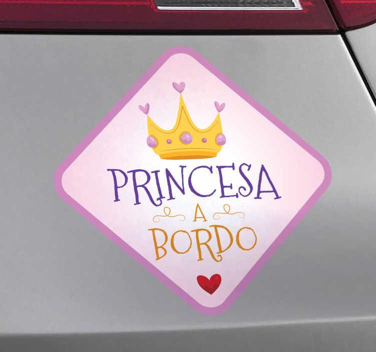 TenVinilo. Vinilo para coche princesa a bordo. Pegatinas para coche con diseño original con el que podrás indicar al resto de conductores que en el coche viaja tu hija, tu pequeña princesita.