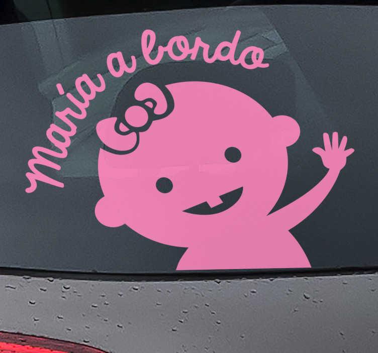 TenStickers. Adesivo personalizzato bimba a bordo. Adesivo personalizzabile per auto con il testo in italiano che indica agli altri conducenti che con te viaggia un bambino e di prestare attenzione.
