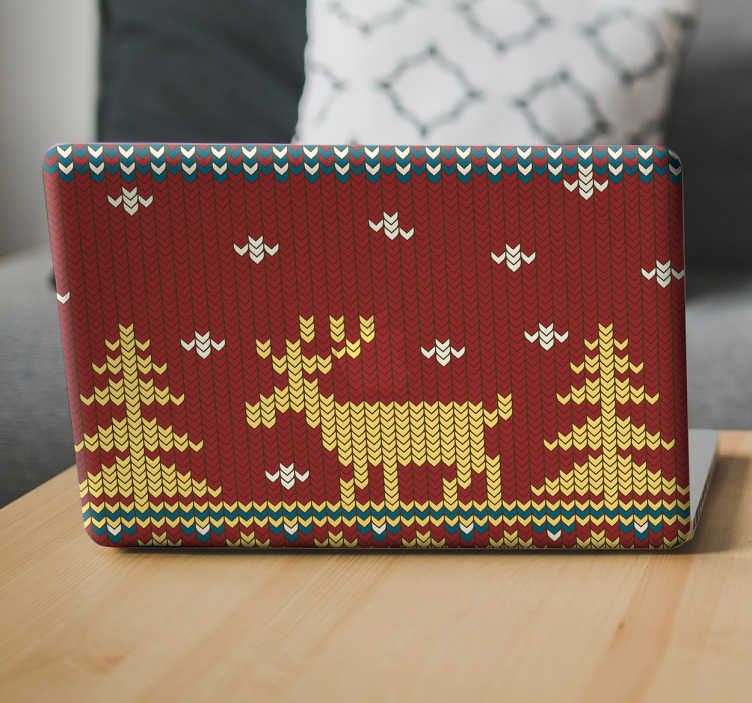 TenStickers. Adesivo di natale cover per computer portatile. Cover adesiva di Natale per pc portatile effetto pixel raffigurante una renna, abeti e neve