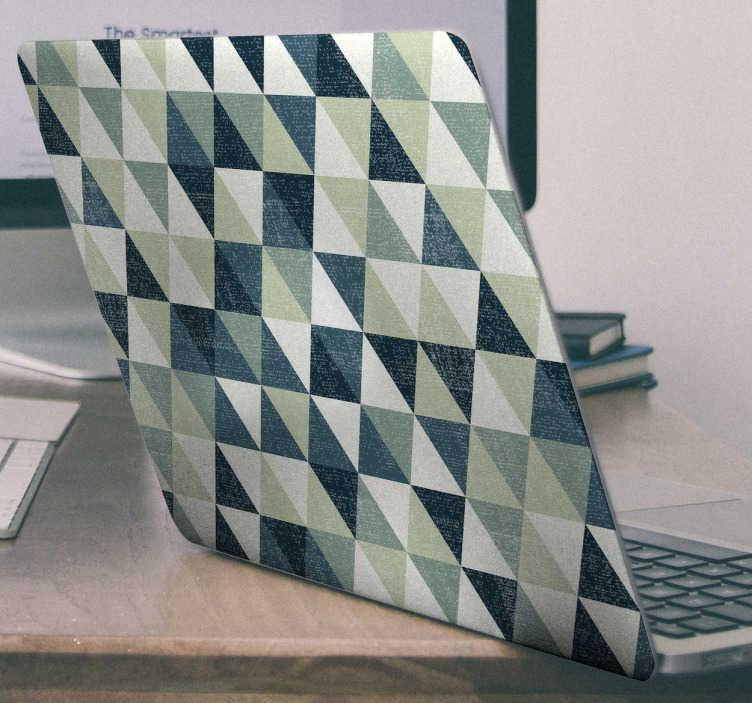TenVinilo. Pegatina caleodoscópica para ordenador. Skin adhesiva para portátil con una textura de distintos triángulos con tonos grises y azules estilo caleodoscopio.