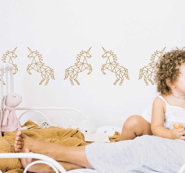 TenStickers. Bordüre geometrisches Einhorn. Schönes Wandtattoo mit geometrischen Einhörnern. Die Bordüre ist eine tolle Dekorationsidee für das Kinderzimmer.