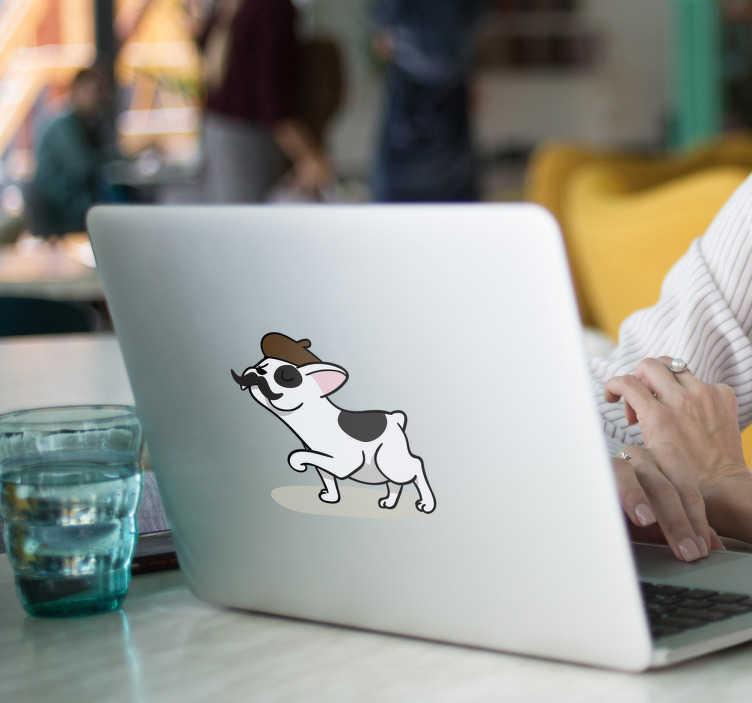 TenStickers. Autocollant ordinateur bouledogue français. Décorez votre pc de façon unique avec ce sticker ordinateur représentant un bouledogue au look parisien. Il a un béret marron et une moustache.