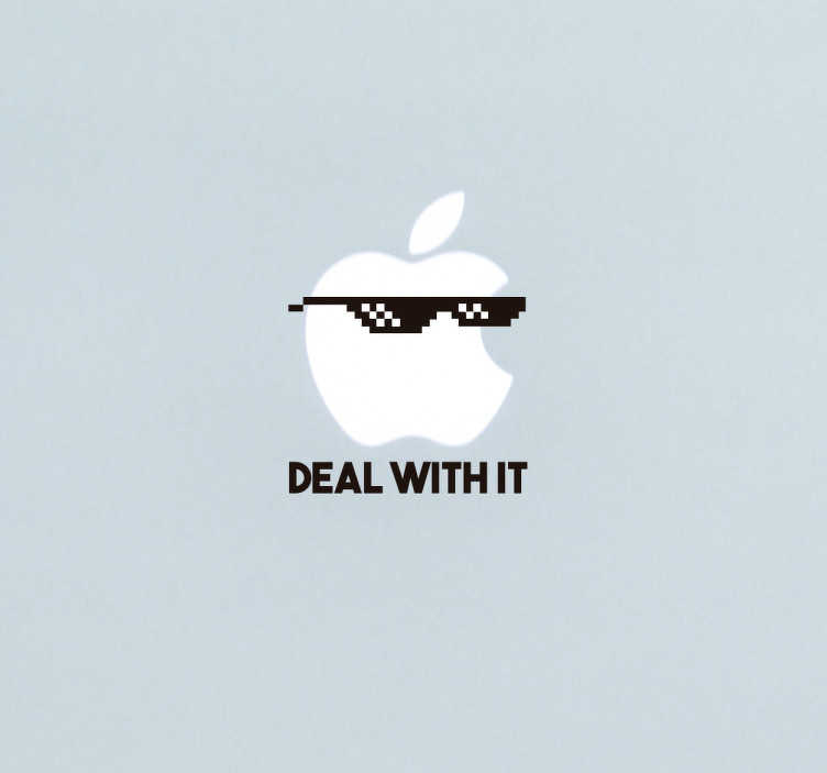 """TenStickers. Badass deal with it Mac klistermærke. Sej Mac klistermærke med de ikoniske meme solbriller og teksten """"deal with it"""" passer perfekt på Mac's æble logo. Sjov sticker til din Mac."""