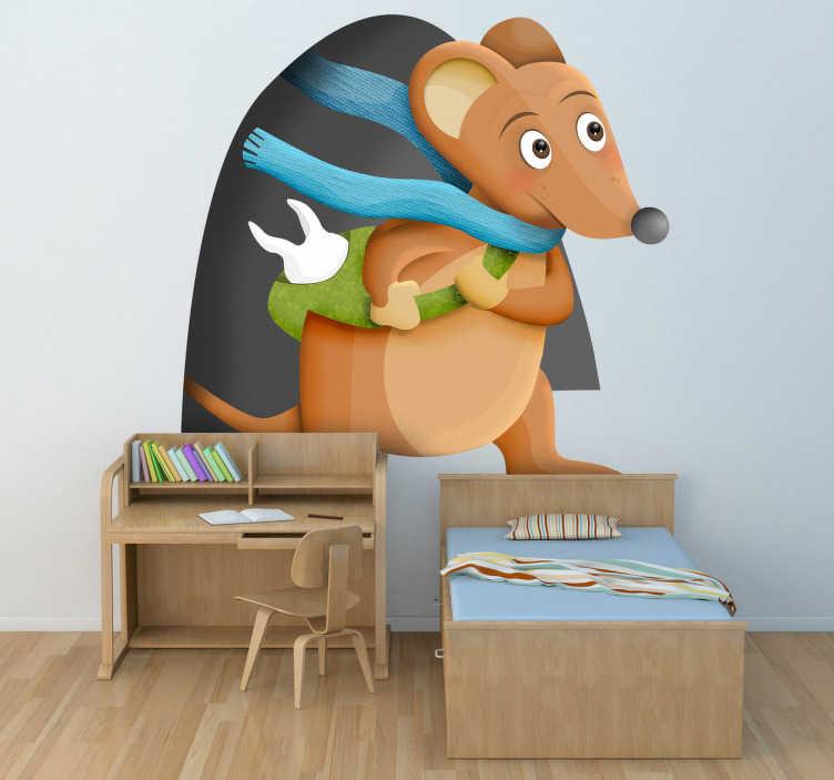 TenStickers. Tandenfee muisje sticker. Wij hebben hier en originele muursticker met een tekening van een muisje dat de tandenfee speelt! Met zijn sjaal en tas om met een tand erin!