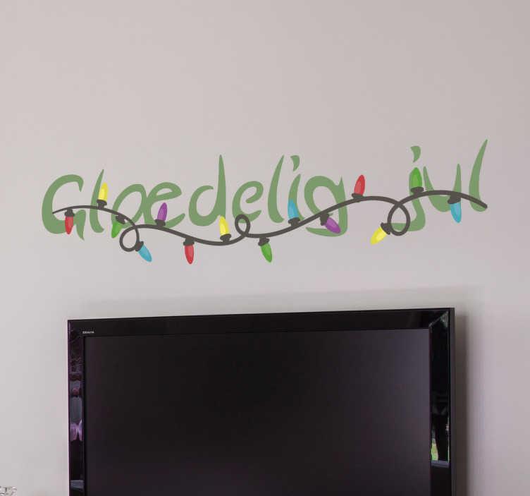 TenStickers. Glædelig jul klistermærke. Dekorativt klistermærke med teksten glædelig jul. Motiv af julelys i mange flotte farver. Teksten er farvet med en flot grøn julefarve.