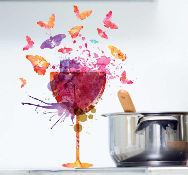 TenStickers. Vinil decorativo copo de vinho com borboletas. Vinil de cozinha com o desenho de um copo de pé alto colorido, criado com uma padrão de tintas e manchas.