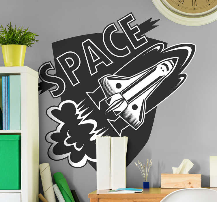 """TenStickers. αυτοκόλλητο τοίχο διαστημικά ταξίδια επιστήμη. δώστε στους μελλοντικούς σας αστροναύτες αυτό το αυτοκόλλητο βινυλίου επιστήμης με μια εικόνα ενός διαστημικού σκάφους που απογειώνεται με τη λέξη """"διάστημα"""". διαθέσιμες εκπτώσεις."""