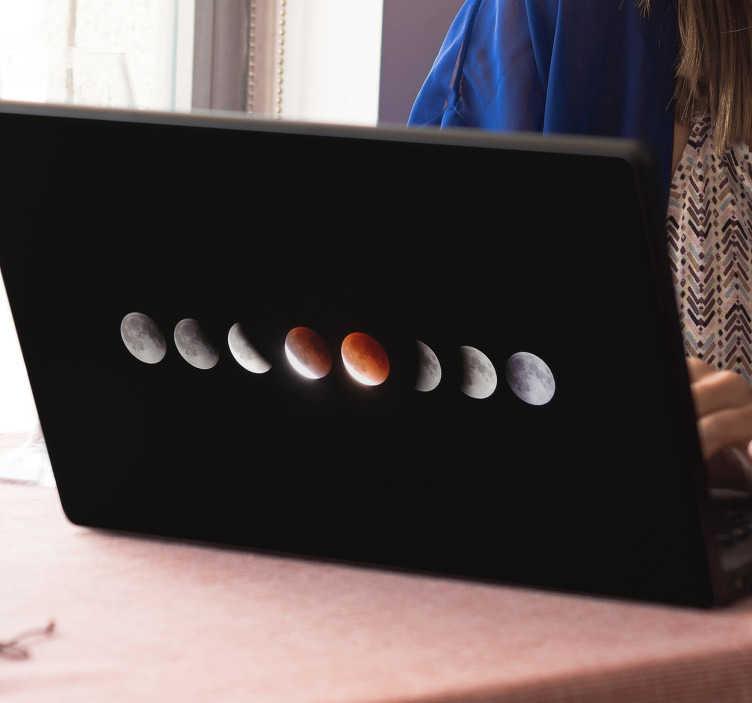TenVinilo. Skin para portátil eclipse. Si eres aficionado a la astronomía, te gusta observar con tu telescopio las fases de la luna y las estrellas, hazte con esta pegatina para portátil.