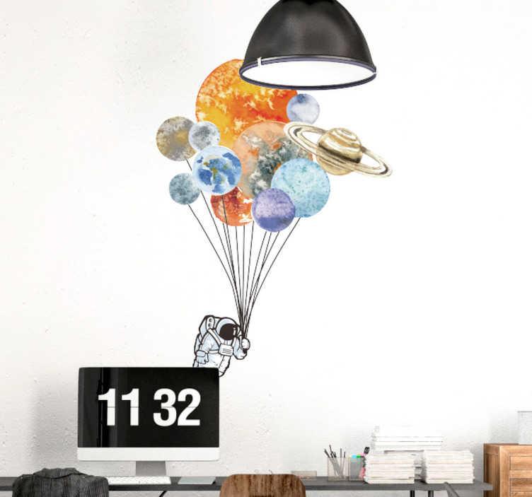 Tenstickers. Sisustustarra planeetta ilmapallot. Sisustustarra planeetta ilmapallot. Hauska seinätarra, jossa astronautti lentää ilmapalloilla, jotka edustavat aurinkokunnan eri planeettoja.