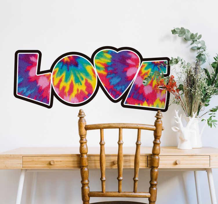 TenVinilo. Pegatina love tie dye. Vinilos hippies con la palabra amor en inglés rellenada de una textura psicodélica multicolor.