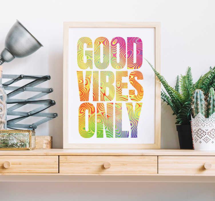 """TenStickers. Naklejka na ścianę napis """"Good vibes only"""". Napis na ścianę w języku angielskim """"Good vibes only"""" (""""Tylko pozytywnewibracje""""). Wprowadź trochę koloru do dowolnego pomieszczenia w Twoim domu z tą niezwykłą naklejką! Codziennie nowe projekty naklejek!"""