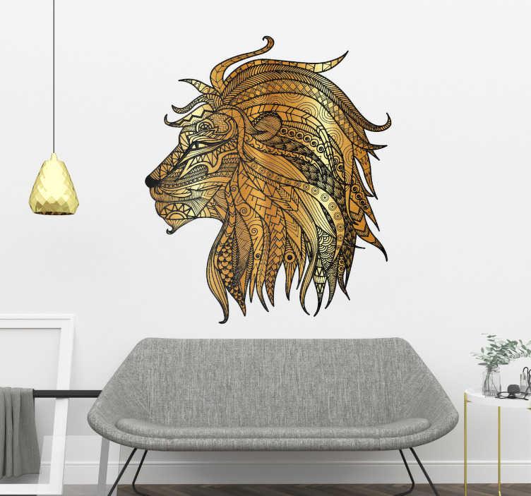 TenStickers. Metallischer Löwe Wandtattoo. Spektakuläres Wandtattoo eines Löwen, dessen Kopf aus ornamentalen metallischen Elementen besteht. Bringen Sie mit diesem ausgefallenen Löwen Aufkleber einen wilden Touch in Ihr Zuhause.
