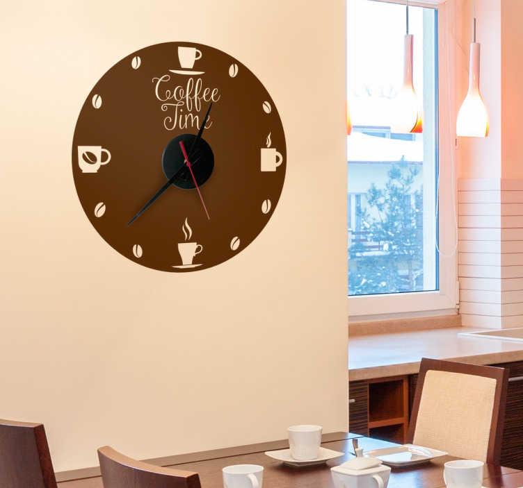 TenStickers. Koffie tijd klok sticker koffie tijd. Decoreer muren en vergeet nooit meer de tijd met deze klok muursticker. De decoratie sticker bestaat uit een klok sticker met de tekst 'Coffee time'