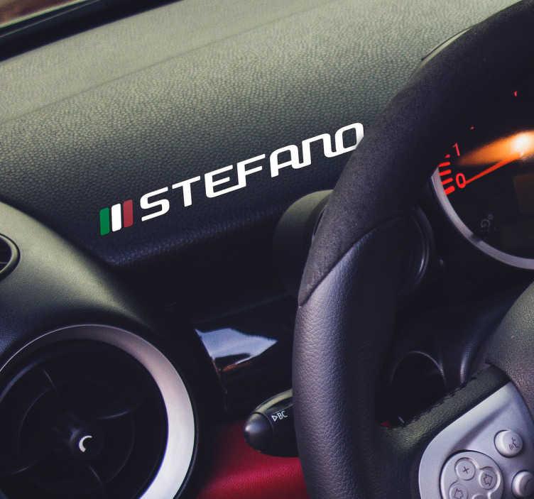 TenStickers. Adesivo auto nome italiano personalizzabile. Lascia che questo fantastico adesivo auto Italia con nome personalizzabile ti aiuti a rendere la tua macchina veramente unica!
