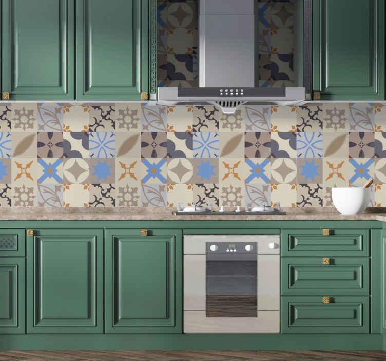 TenStickers. Naklejka na ścianę do kuchni wzory geometryczne. Naklejka na płytki lub ścianę, przedstawiająca ciekawy geometryczny wzór w kolorystyce brązowej, beżowej i niebieskiej. Idealna naklejka do kuchni, jadalni czy łazienki! Naklejka na każdą gładką powierzchnię!