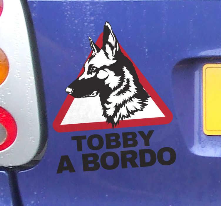 TenVinilo. Pegatina personalizada pastor alemán. Pegatinas perro a bordo personalizadas con el retrato del perfil de tu mascota, podrás indicarnos el nombre de tu perro en el campo correspondiente.
