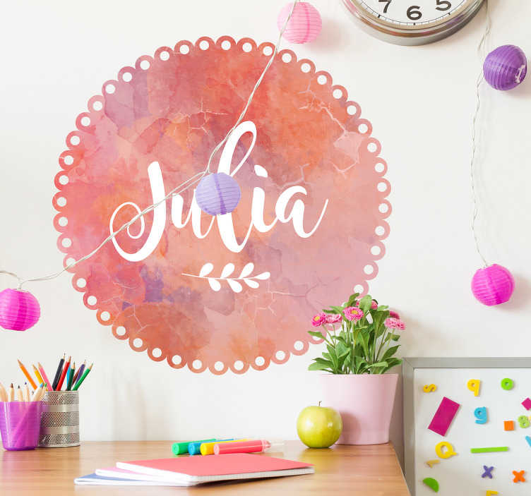 TenStickers. Naamsticker roze marmer effect. Geef de kinderkamer een leuke touch met deze naamsticker. De sticker bestaat uit een ronde roze marmeren cirkel met daar in een naam die zelf te bepalen is.