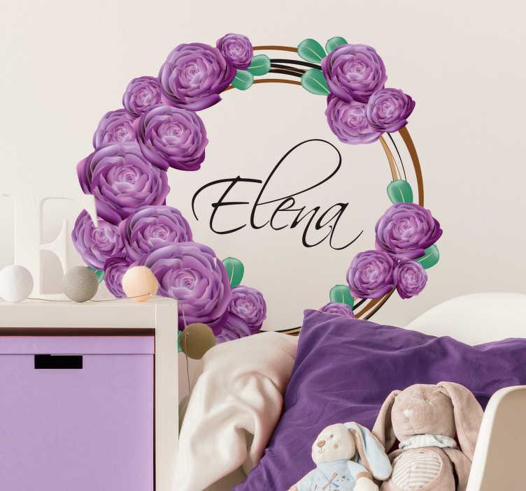 TenVinilo. Adhesivo personalizable flores violetas. Pegatinas nombre personalizado elegantes, corona de flores lilas y en la parte interior un texto caligráfico que podrás individualizar.